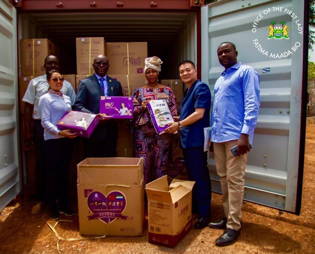 爱善天使爱心物资抵达非洲塞拉利昂,获总统夫人大赞!